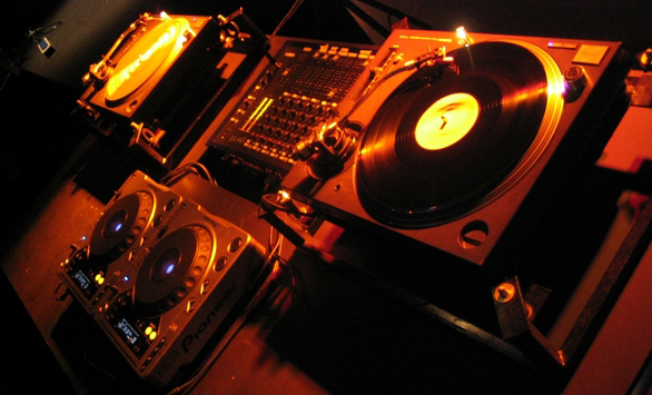 generator-for-your-dj-setup-heres-what-you-need-to-know